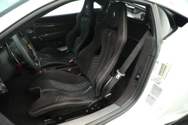 Used 2014 Ferrari 458 Speciale for sale $359,900 at Alfa Romeo of Westport in Westport CT 06880 16