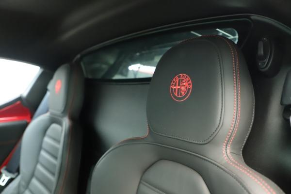 Used 2015 Alfa Romeo 4C for sale Sold at Alfa Romeo of Westport in Westport CT 06880 21