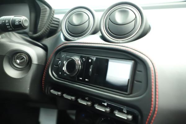 Used 2015 Alfa Romeo 4C for sale Sold at Alfa Romeo of Westport in Westport CT 06880 22
