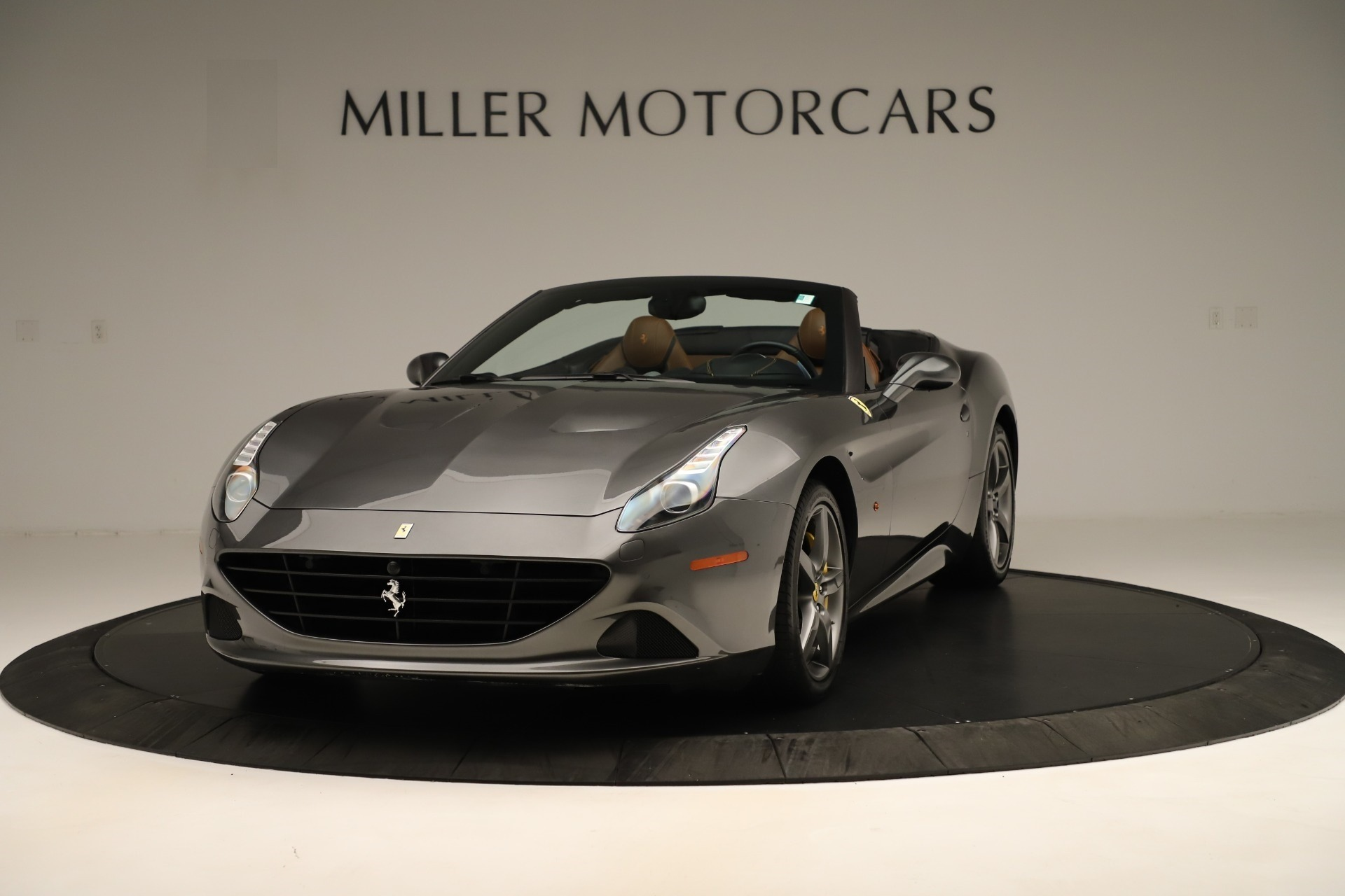 Used 2015 Ferrari California T for sale Sold at Alfa Romeo of Westport in Westport CT 06880 1