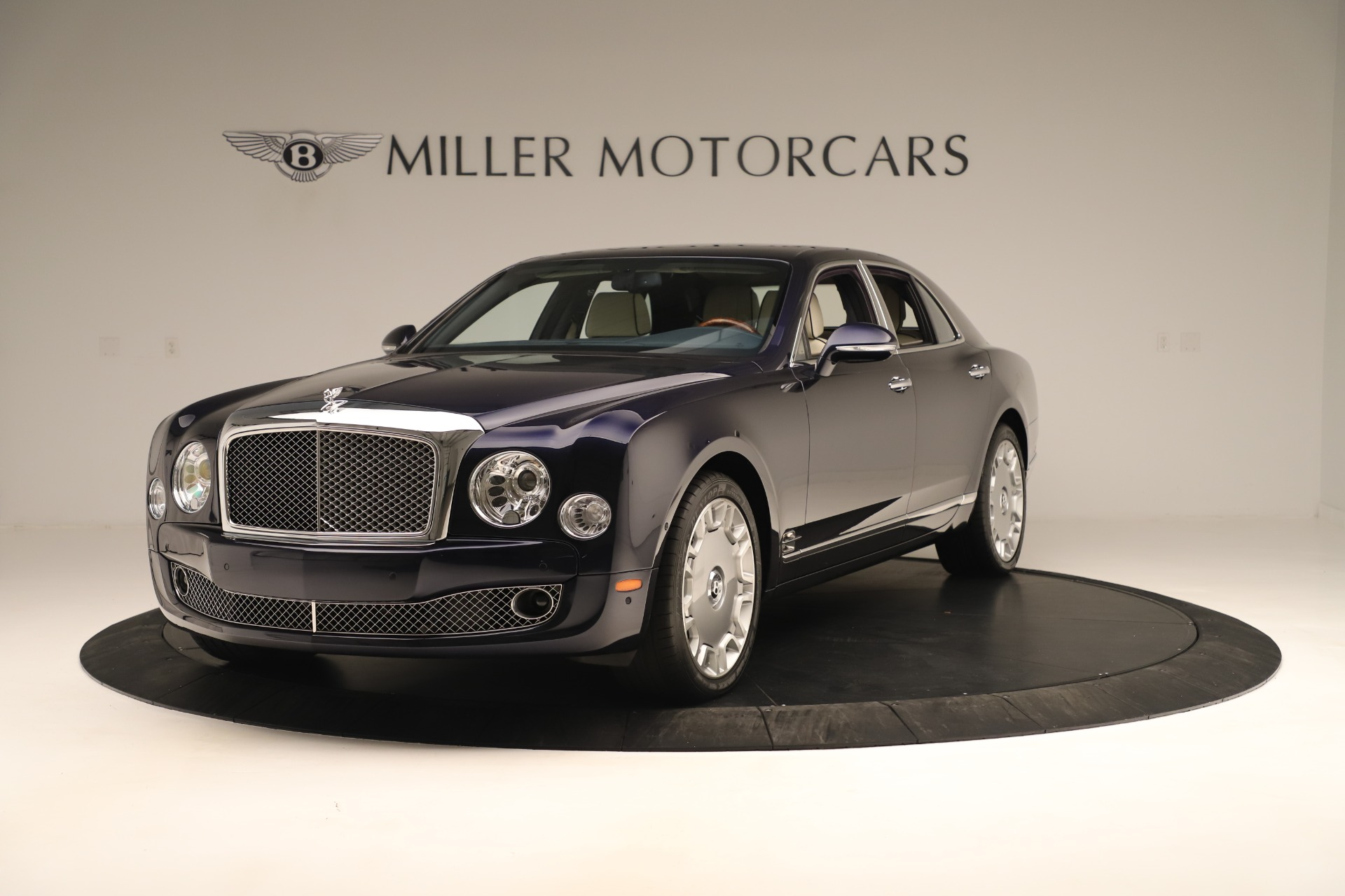 Used 2016 Bentley Mulsanne for sale $149,900 at Alfa Romeo of Westport in Westport CT 06880 1
