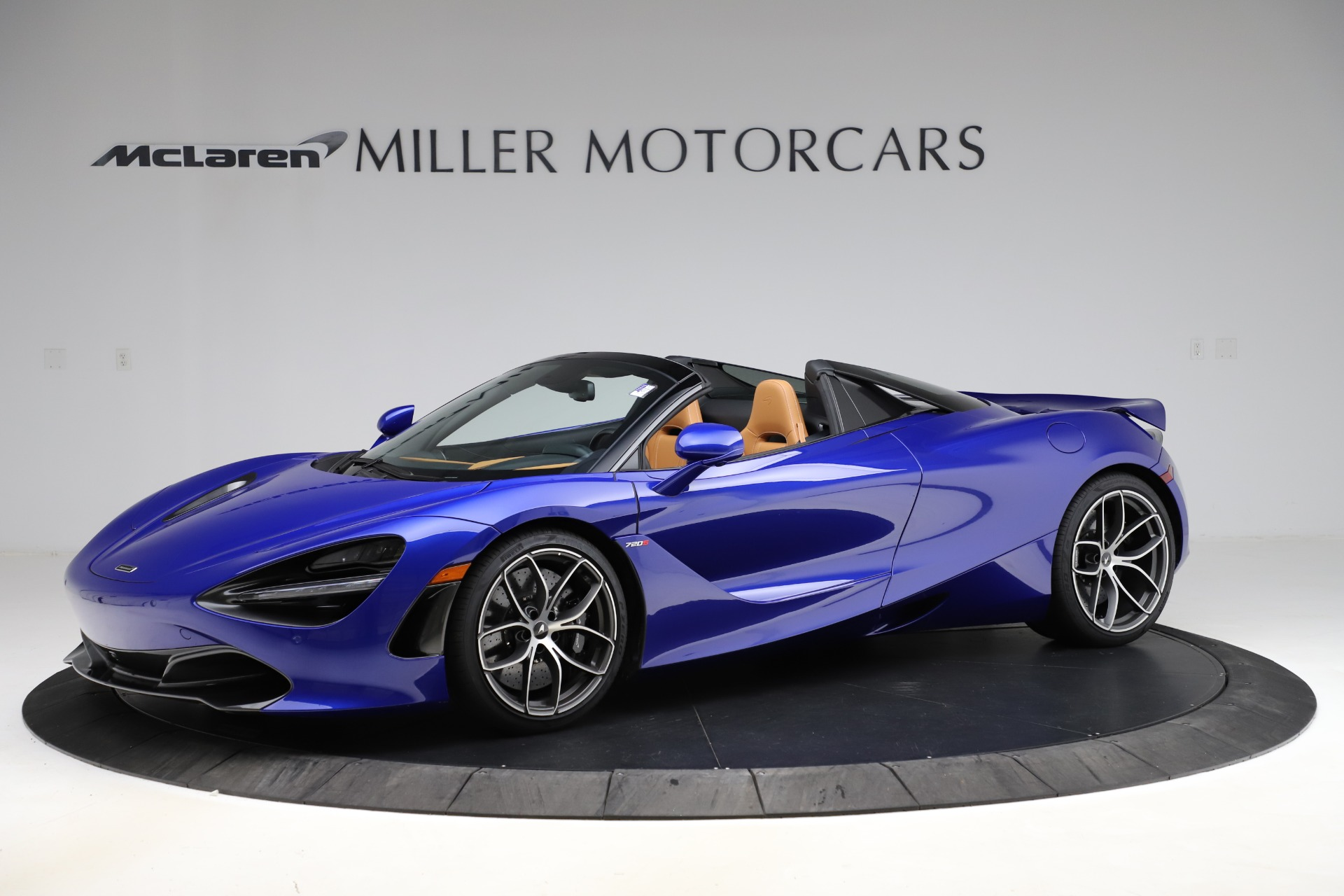 New 2020 McLaren 720S SPIDER Convertible for sale $374,830 at Alfa Romeo of Westport in Westport CT 06880 1
