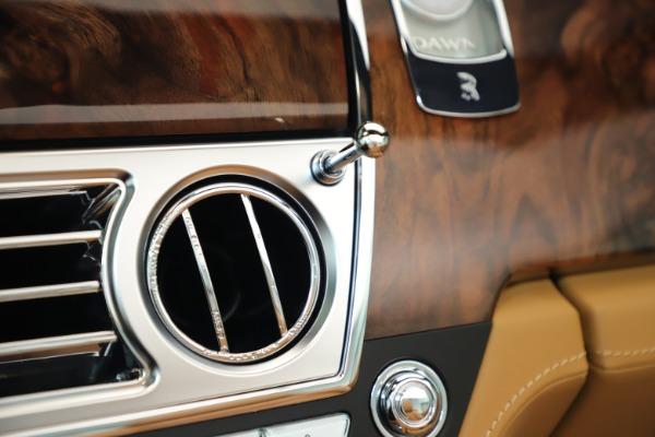 Used 2016 Rolls-Royce Dawn for sale Sold at Alfa Romeo of Westport in Westport CT 06880 28