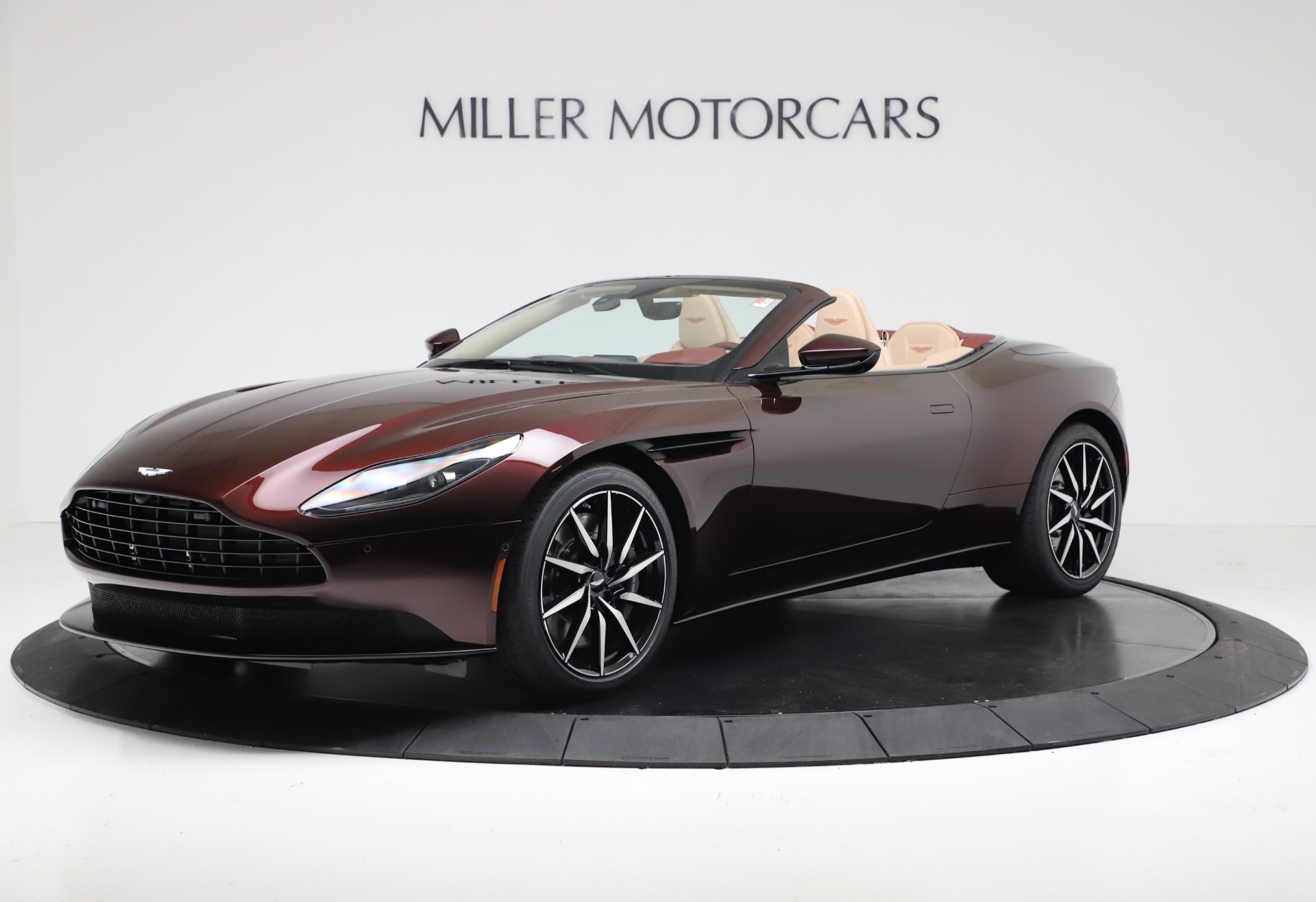 Used 2020 Aston Martin DB11 Volante Convertible for sale $223,900 at Alfa Romeo of Westport in Westport CT 06880 1