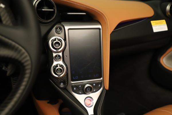 New 2020 McLaren 720S Spider Convertible for sale $372,250 at Alfa Romeo of Westport in Westport CT 06880 11