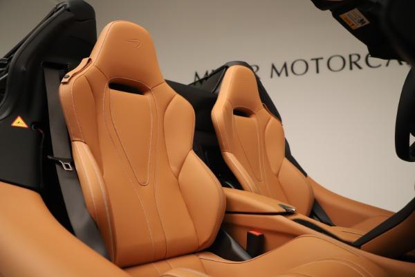 New 2020 McLaren 720S Spider Convertible for sale $372,250 at Alfa Romeo of Westport in Westport CT 06880 13