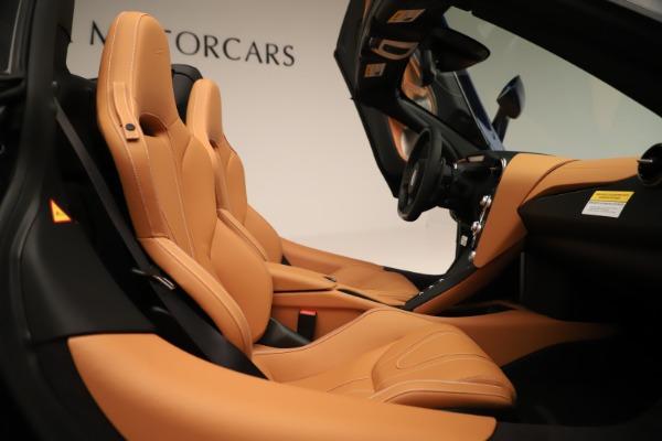 New 2020 McLaren 720S Spider for sale $372,250 at Alfa Romeo of Westport in Westport CT 06880 14