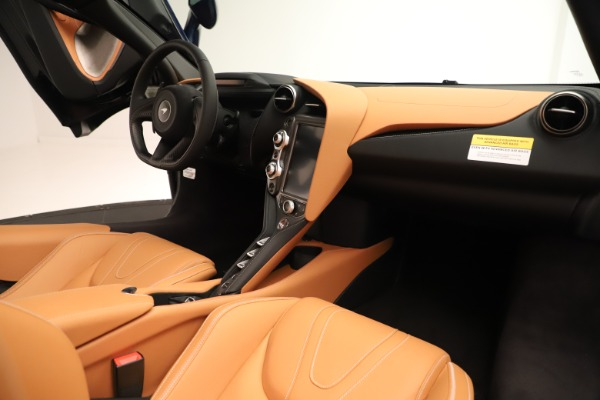 New 2020 McLaren 720S Spider for sale $372,250 at Alfa Romeo of Westport in Westport CT 06880 15