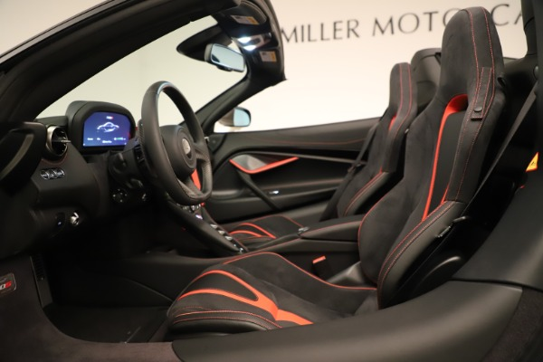 New 2020 McLaren 720S SPIDER Convertible for sale $389,940 at Alfa Romeo of Westport in Westport CT 06880 27