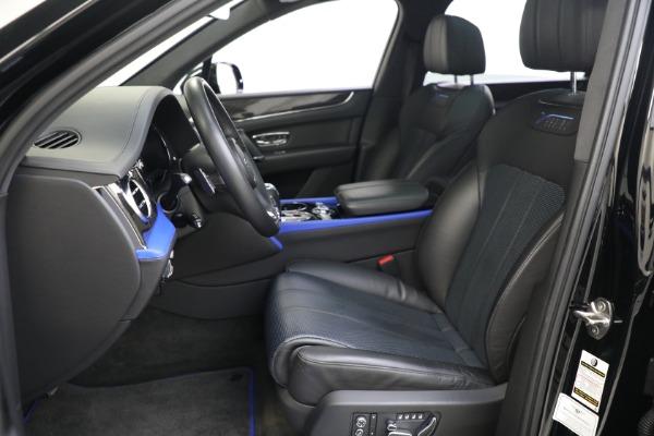 New 2020 Bentley Bentayga V8 Design Series for sale $216,860 at Alfa Romeo of Westport in Westport CT 06880 21