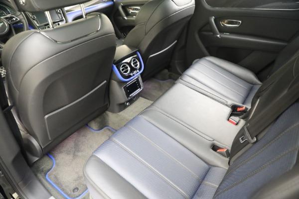 New 2020 Bentley Bentayga V8 Design Series for sale $216,860 at Alfa Romeo of Westport in Westport CT 06880 23