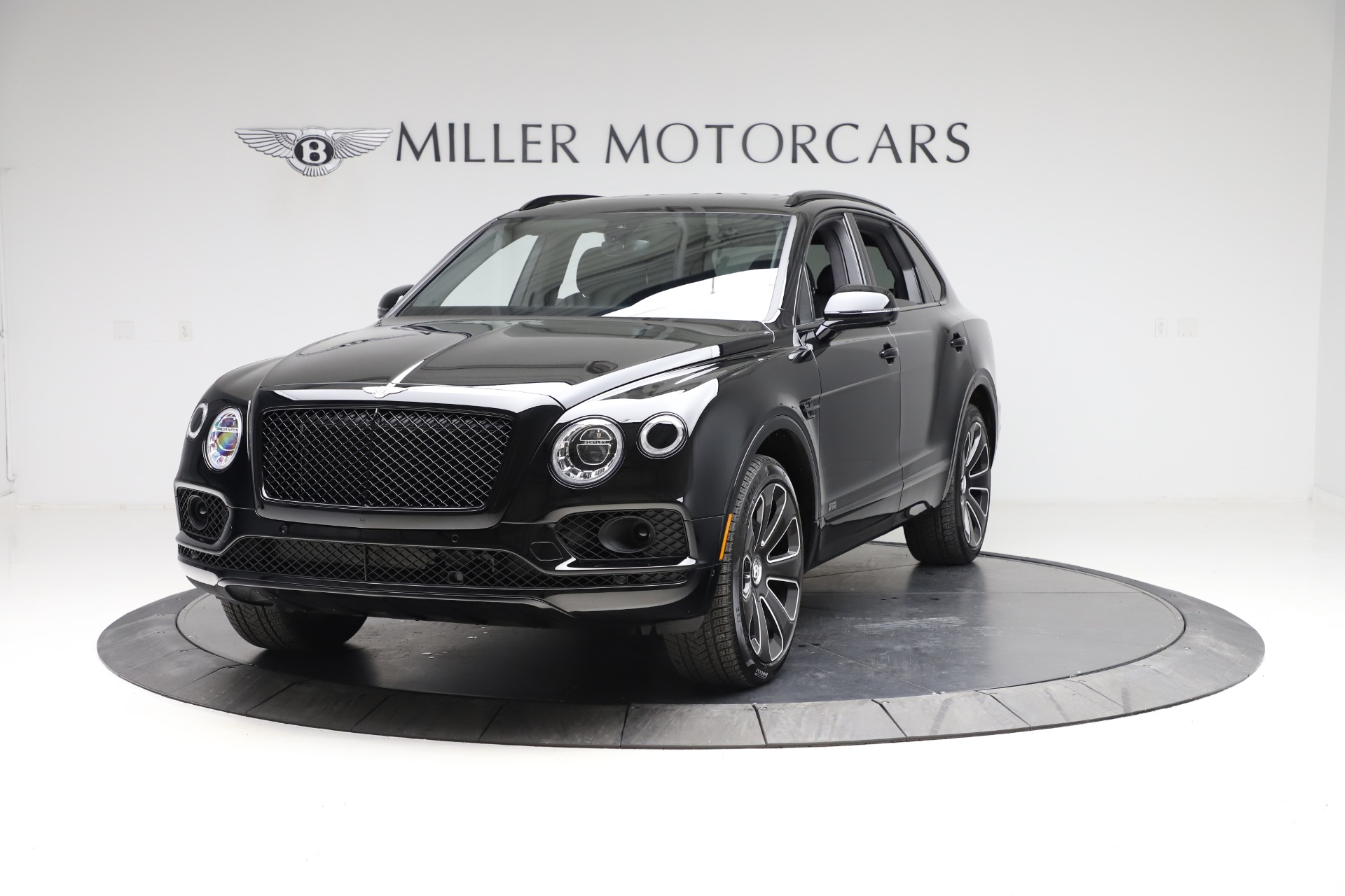 Used 2020 Bentley Bentayga V8 Design Series for sale $199,900 at Alfa Romeo of Westport in Westport CT 06880 1