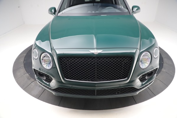 New 2020 Bentley Bentayga V8 Design Series for sale $223,015 at Alfa Romeo of Westport in Westport CT 06880 13