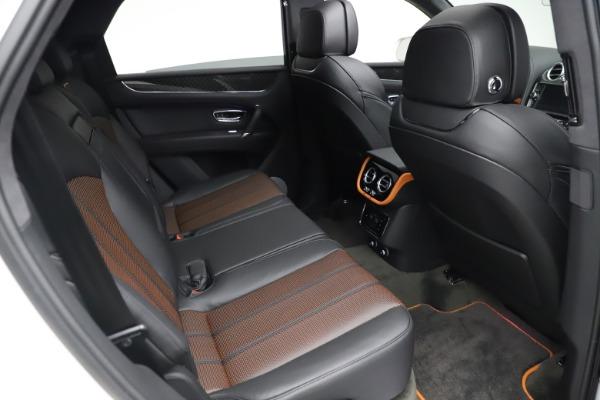 New 2020 Bentley Bentayga V8 Design Series for sale $216,860 at Alfa Romeo of Westport in Westport CT 06880 25