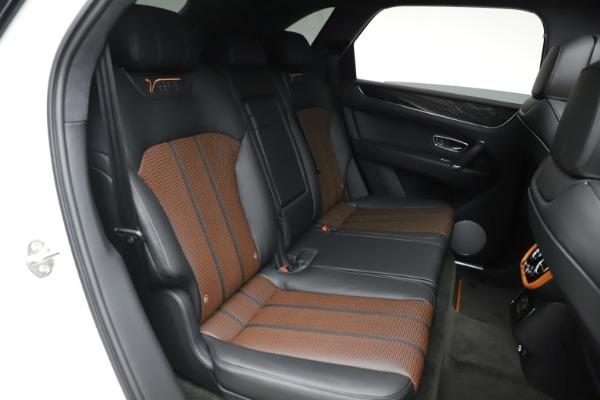 New 2020 Bentley Bentayga V8 Design Series for sale $216,860 at Alfa Romeo of Westport in Westport CT 06880 26