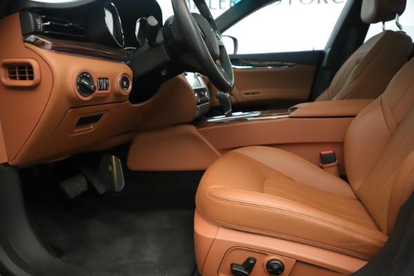 Used 2014 Maserati Quattroporte S Q4 for sale Sold at Alfa Romeo of Westport in Westport CT 06880 14