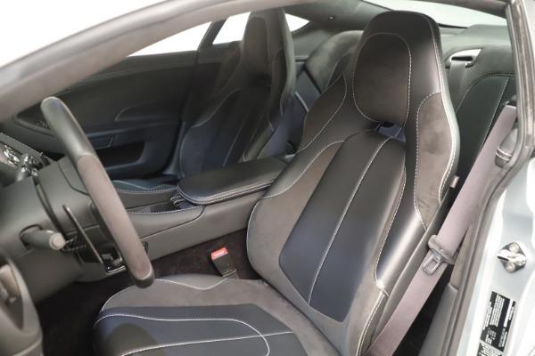 Used 2014 Aston Martin Vanquish Coupe for sale $116,900 at Alfa Romeo of Westport in Westport CT 06880 14