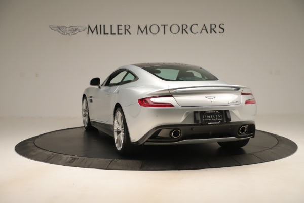 Used 2014 Aston Martin Vanquish Coupe for sale $119,900 at Alfa Romeo of Westport in Westport CT 06880 4