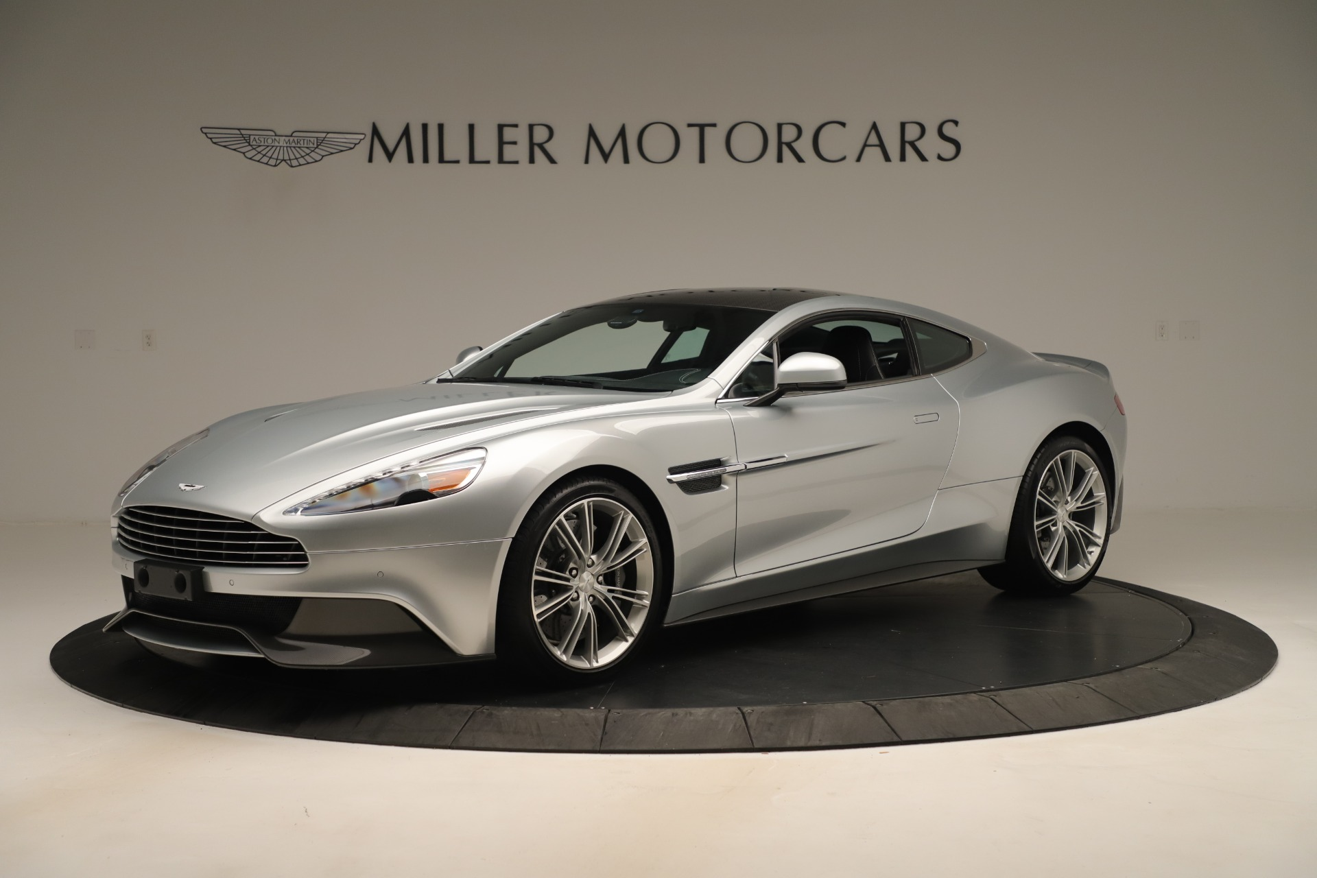 Used 2014 Aston Martin Vanquish Coupe for sale $119,900 at Alfa Romeo of Westport in Westport CT 06880 1