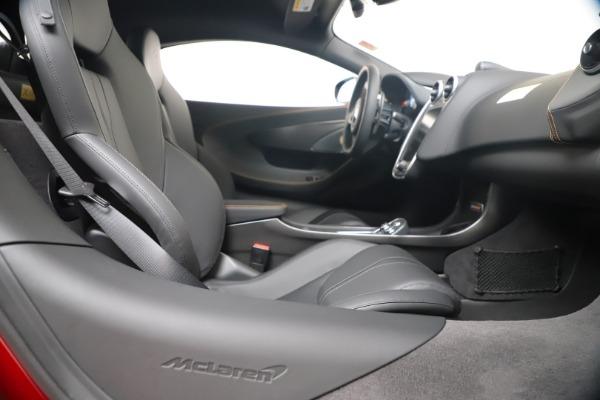 New 2019 McLaren 600LT Coupe for sale $285,236 at Alfa Romeo of Westport in Westport CT 06880 27