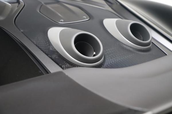New 2019 McLaren 600LT Coupe for sale $305,639 at Alfa Romeo of Westport in Westport CT 06880 23