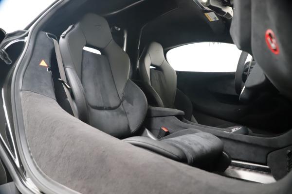 New 2019 McLaren 600LT Coupe for sale $305,639 at Alfa Romeo of Westport in Westport CT 06880 26