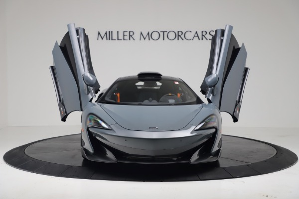 New 2019 McLaren 600LT Coupe for sale $311,619 at Alfa Romeo of Westport in Westport CT 06880 11