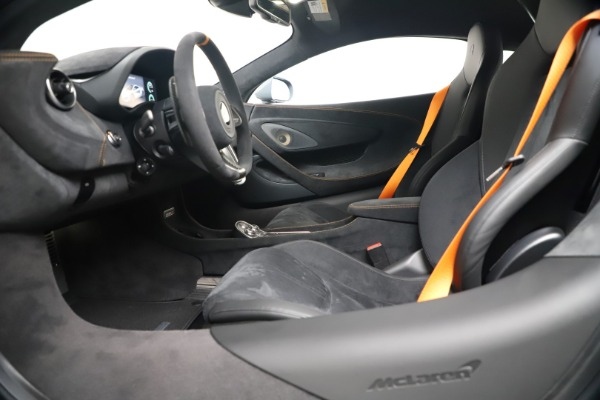 New 2019 McLaren 600LT Coupe for sale $311,619 at Alfa Romeo of Westport in Westport CT 06880 19