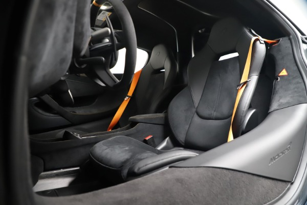 Used 2019 McLaren 600LT for sale $279,900 at Alfa Romeo of Westport in Westport CT 06880 20