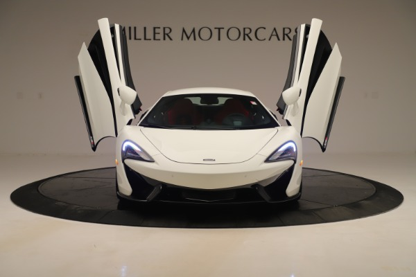 New 2020 McLaren 570S for sale $215,600 at Alfa Romeo of Westport in Westport CT 06880 12