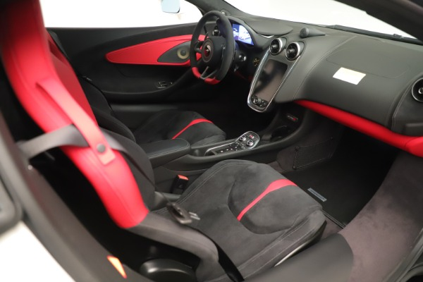 New 2020 McLaren 570S for sale $215,600 at Alfa Romeo of Westport in Westport CT 06880 19