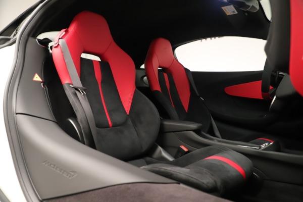 New 2020 McLaren 570S for sale $215,600 at Alfa Romeo of Westport in Westport CT 06880 21
