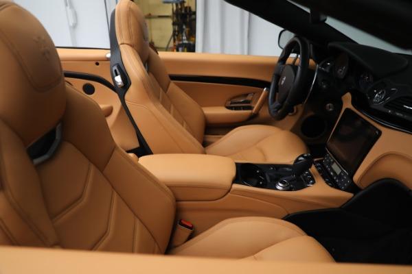 New 2019 Maserati GranTurismo Sport Convertible for sale $164,075 at Alfa Romeo of Westport in Westport CT 06880 21
