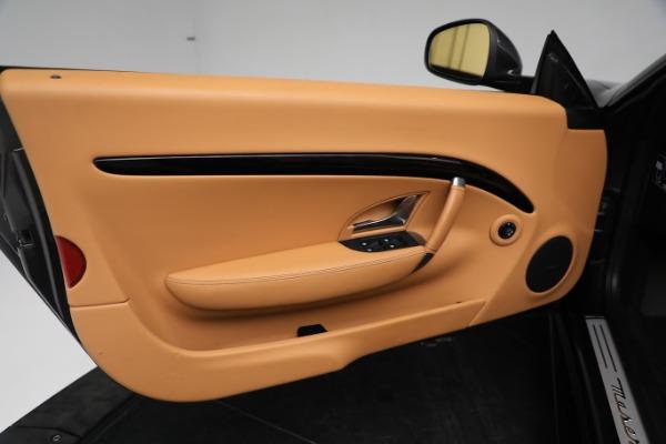 New 2019 Maserati GranTurismo Sport Convertible for sale $164,075 at Alfa Romeo of Westport in Westport CT 06880 25