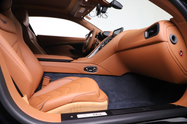 New 2020 Aston Martin DBS Superleggera Coupe for sale $371,006 at Alfa Romeo of Westport in Westport CT 06880 19