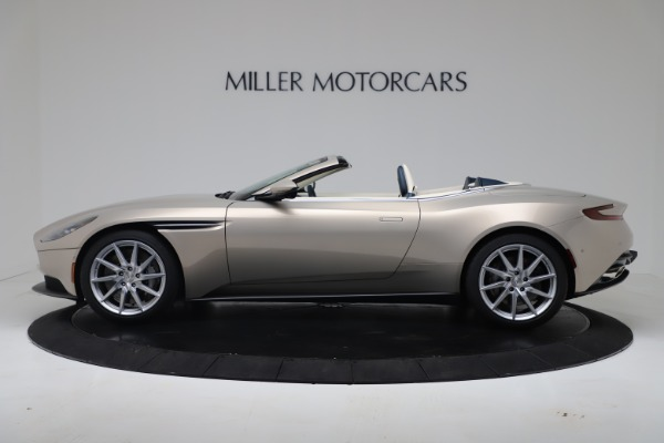New 2020 Aston Martin DB11 Volante Convertible for sale $255,556 at Alfa Romeo of Westport in Westport CT 06880 24