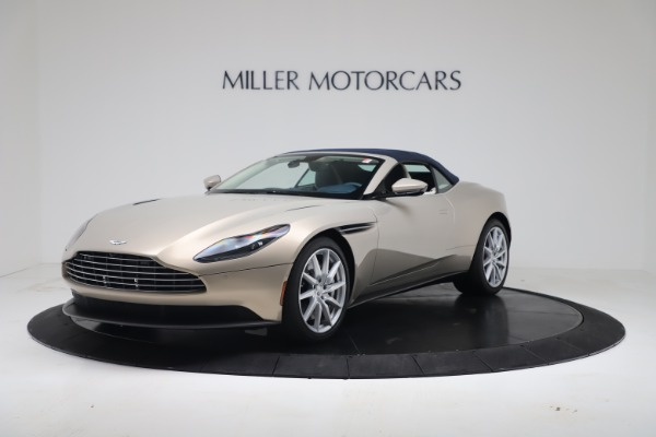 New 2020 Aston Martin DB11 Volante Convertible for sale $255,556 at Alfa Romeo of Westport in Westport CT 06880 25