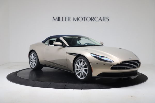 New 2020 Aston Martin DB11 Volante Convertible for sale $255,556 at Alfa Romeo of Westport in Westport CT 06880 28