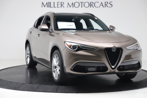 New 2019 Alfa Romeo Stelvio Ti Sport Q4 for sale $55,090 at Alfa Romeo of Westport in Westport CT 06880 11