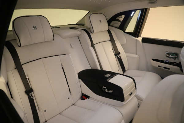 New 2020 Rolls-Royce Phantom for sale $545,200 at Alfa Romeo of Westport in Westport CT 06880 14