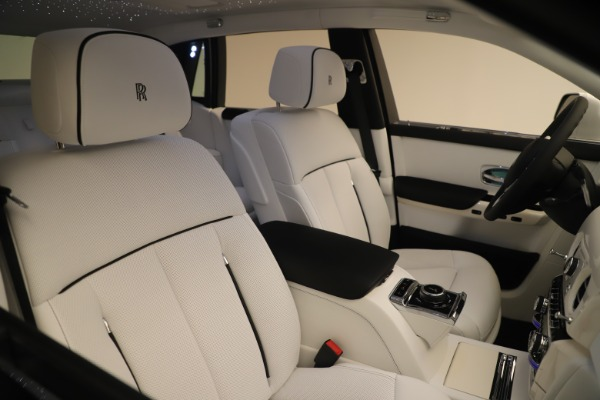 New 2020 Rolls-Royce Phantom for sale $545,200 at Alfa Romeo of Westport in Westport CT 06880 28