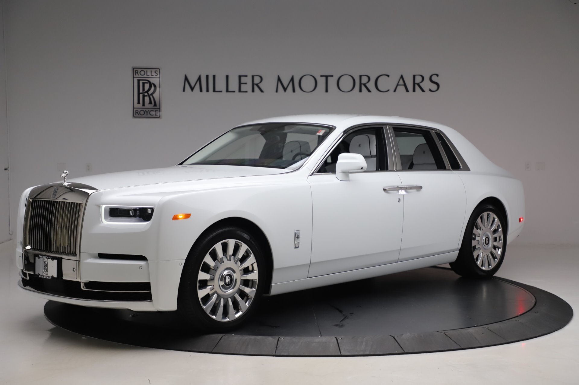 New 2020 Rolls-Royce Phantom for sale $545,200 at Alfa Romeo of Westport in Westport CT 06880 1