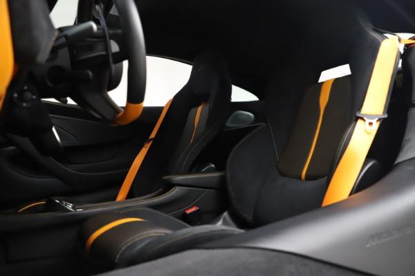 Used 2017 McLaren 570S Coupe for sale Call for price at Alfa Romeo of Westport in Westport CT 06880 18