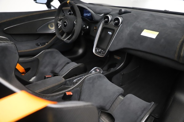 New 2020 McLaren 600LT SPIDER Convertible for sale $309,620 at Alfa Romeo of Westport in Westport CT 06880 26