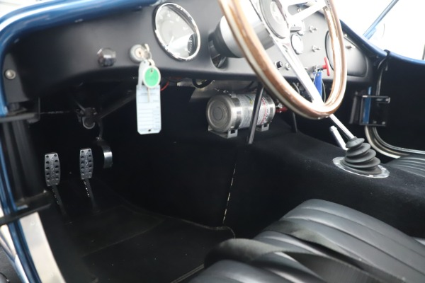 Used 1965 Ford Cobra CSX for sale Sold at Alfa Romeo of Westport in Westport CT 06880 19