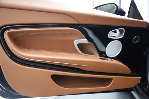 New 2020 Aston Martin DB11 Volante Convertible for sale $242,036 at Alfa Romeo of Westport in Westport CT 06880 26