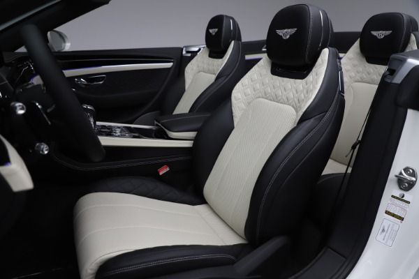 Used 2020 Bentley Continental GTC V8 for sale $277,915 at Alfa Romeo of Westport in Westport CT 06880 28