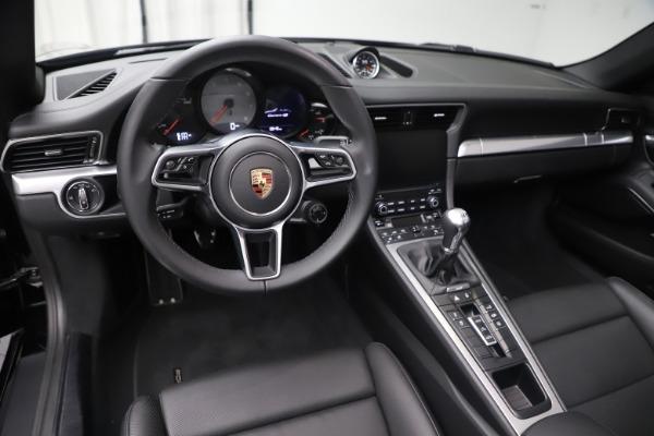 Used 2017 Porsche 911 Carrera 4S for sale $109,900 at Alfa Romeo of Westport in Westport CT 06880 18