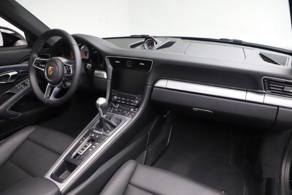 Used 2017 Porsche 911 Carrera 4S for sale $109,900 at Alfa Romeo of Westport in Westport CT 06880 24