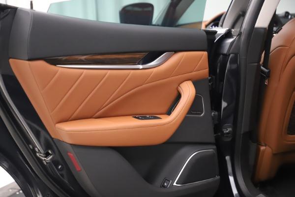 New 2019 Maserati Levante Q4 GranLusso for sale $89,550 at Alfa Romeo of Westport in Westport CT 06880 18